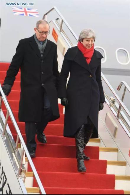 英国首相特雷莎今天上午抵达湖北武汉 图片来源:新华社